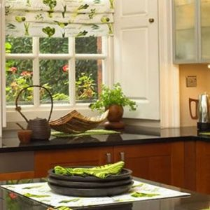 how to decorate your kitchen center island window