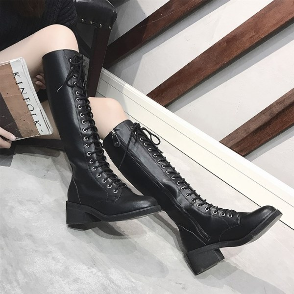 Black Lace Boots | Jisoo – BlackPink