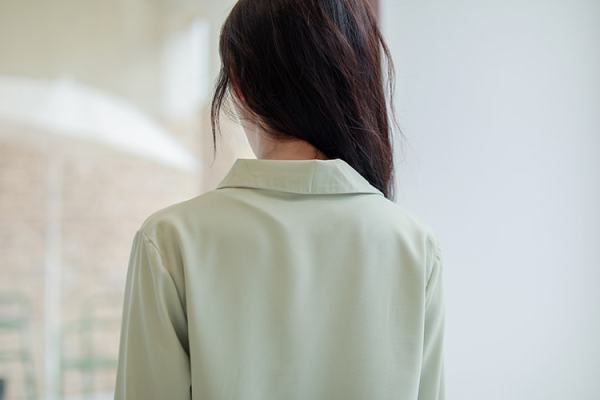 Blue Silk Shirt   Kim Mi So