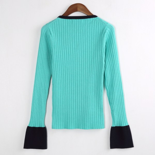 Turquoise Sweater | Nam Hong Joo – While You Were Sleeping