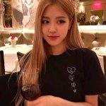 Black Love T-Shirt | Rose – BlackPink