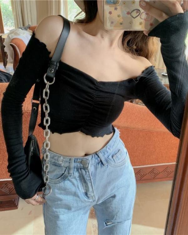Long Sleeved Fit Crop Top | Soojin – (G)I-DLE