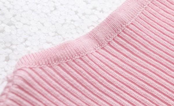 Pink V-Neck T-Shirt | Jennie – BlackPink