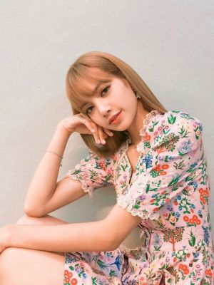Floral Slim Waist Lace Dress | Lisa – BlackPink