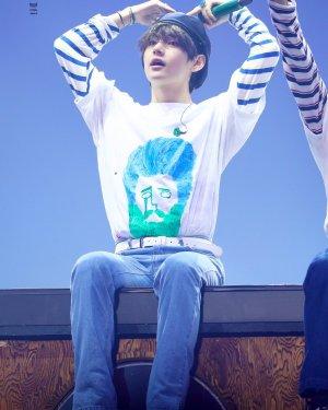 Taehyung Own Design Graffiti T-Shirt | Taehyung – BTS