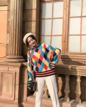 Ahn Ji Young Colorful Diamond Pattern Sweater (11)