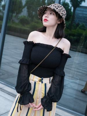 Jennie Black Off-Shoulder Long Sleeved Blouse (7)