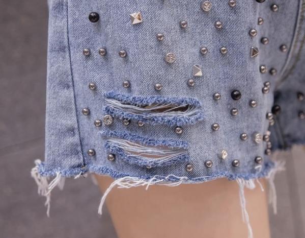 Beads Studded Blue Denim Shorts | Ryujin – ITZY