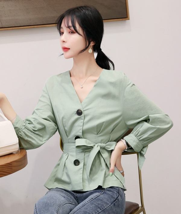 Retro Long Sleeve Buttons And Ribbon Shirt | Yuna – ITZY