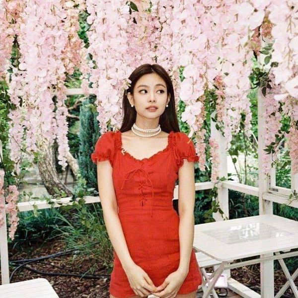 Square Up Red Dress | Jennie – BlackPink