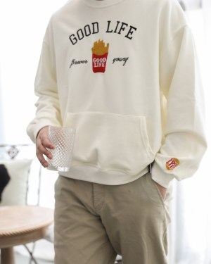 Taehyung Good Life Fries Sweater (11)