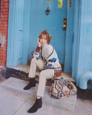 Wild Tassels Fringe Loose Cardigan | Wendy – Red Velvet