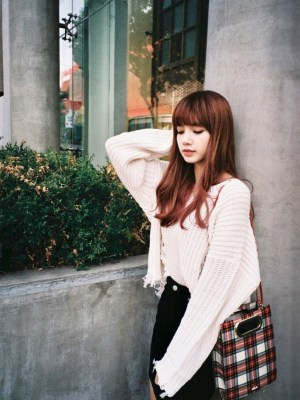 V-Neck Tassels Knit Sweater | Lisa – BlackPink