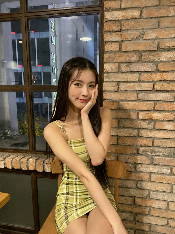 Plaid Green Slim Fit Sleeveless Dress | Miyeon – (G)I-DLE
