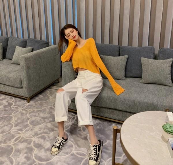 Orange V-neck Rib Thin Sweater | Soojin – (G)I-DLE