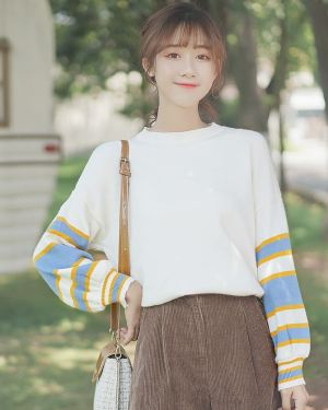 Striped Puffy Arms Sweater (1)