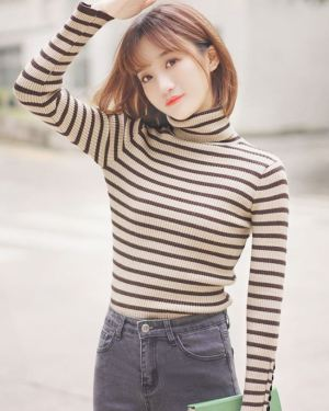 Striped Turtleneck with Buttons on Sleeves (1)
