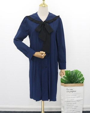 IU Navy Blue Pleated Lace Dress (1)