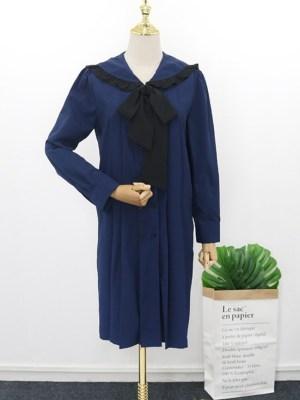 IU Navy Blue Pleated Lace Dress (1)