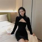 Black Velvet Chest Cut Dress | Miyeon – (G)I-DLE