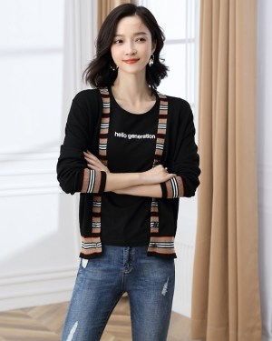 Hyunjin Multicolor Stripped Design Cardigan (1)