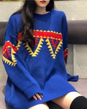 Jeongin Triangle Patterns Loose Sweater 4