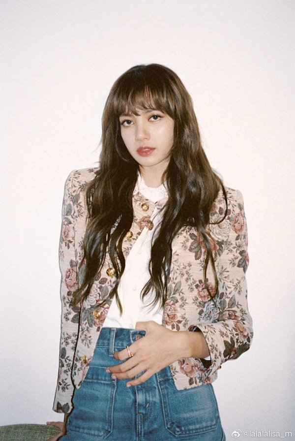 Vintage Flower Print Coat | Lisa – Blackpink