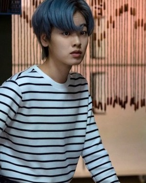 Casual Striped Long Sleeve Pullover | Ma Hyun Yi – Itaewon Class