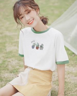 Cactus Print Round Neck T-Shirt (8)
