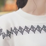 Geometric Patterned Round Neck T-shirt