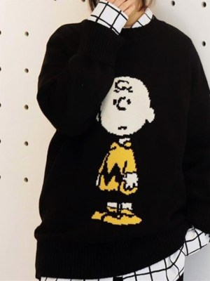 Lisa Charlie Brown Classic Black Sweater 00001