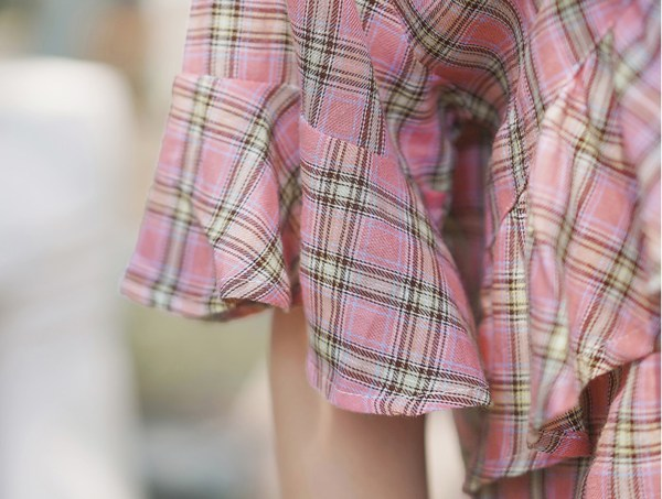 Loose Ruffled Mid Length Sleeve Blouse