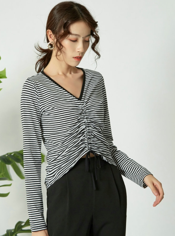 Black And White Stripes Drawstring Top| Miyeon – (G)I-DLE