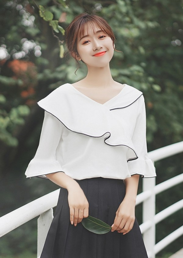 Wrapped Half-Sleeved Blouse