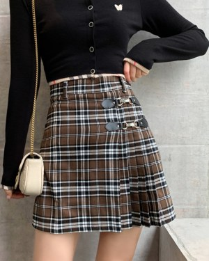 IU Buckled Olive Checkered Pleated Skirt 00002