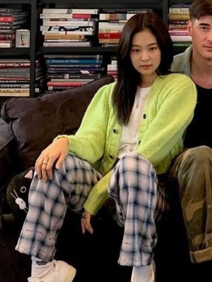 Neon Green Cropped Sweatshirt | Jennie – Blackpink
