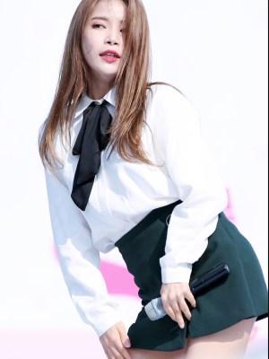 Preppy White Shirt With Black Bow | Solar – Mamamoo