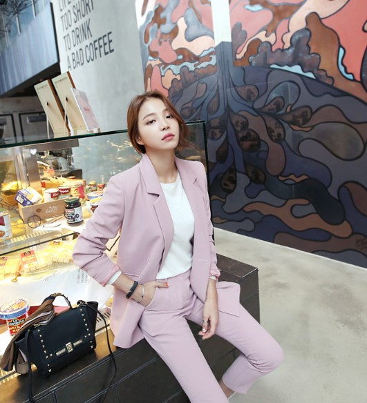 Pink Casual Suit Jacket and Trousers | Moonbyul – Mamamoo