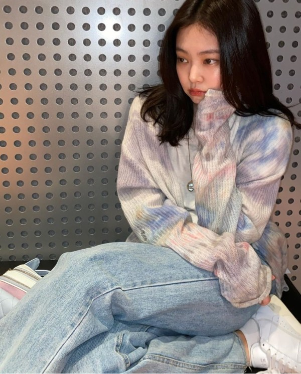 Tie Dye Lilac Ripped Designed Cardigan | Jennie – BlackPink