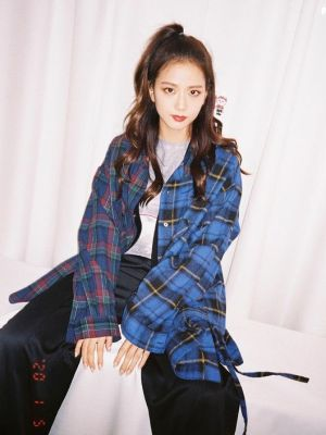 Contrast Plaid Oversized Jacket | Jisoo – Blackpink