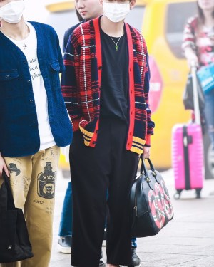Blood Red Plaid Oversized V-neck Cardigan | Taehyung – BTS