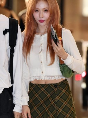 Retro Checkered Mini Skirt | Hyuna
