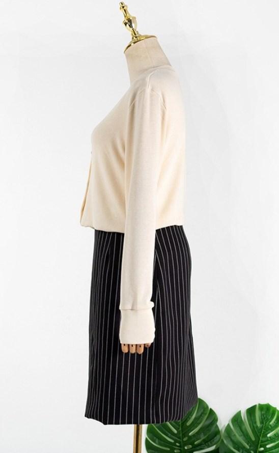 High Slit White Striped Black Skirt | Jennie – BlackPink