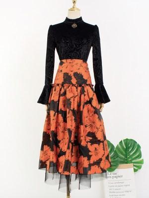 IU – Hotel Del Luna Floral Jacquard Skirt (7)