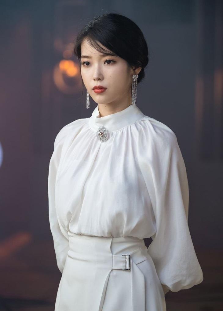 iu fashion dress