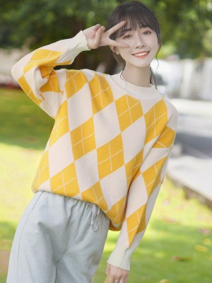 Yellow Orange Diamond Pattern Sweater (3)