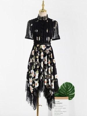 Ko Moon‑Young – It's Okay Not To Be Okay Irregular Cut Hem Floral Dress (13)