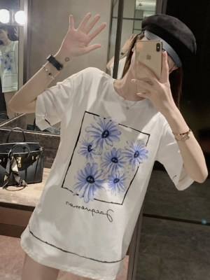 DK White T-Shirt With Blue Flowers (8)