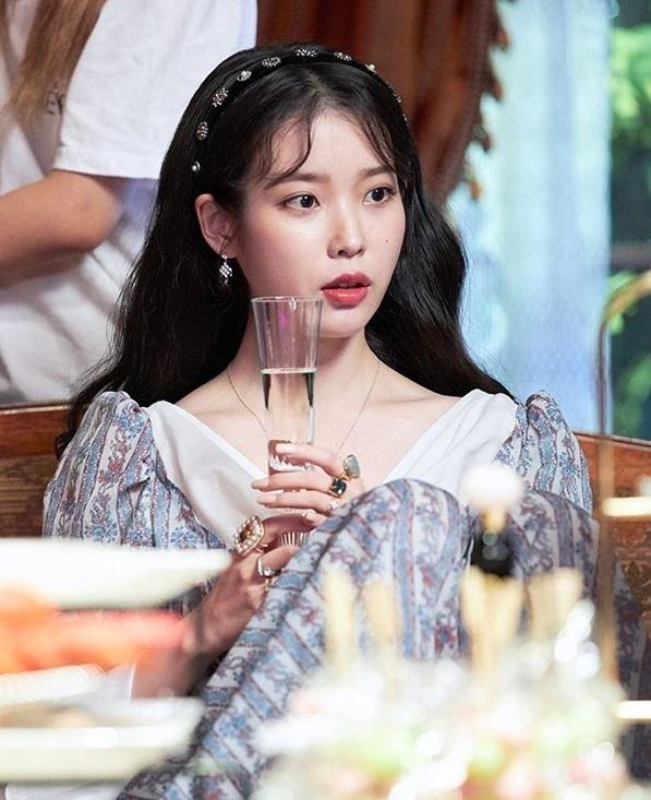 Floral Trumpet-Sleeved Dress | IU – Hotel Del Luna
