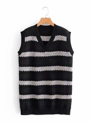 J-hope – BTS Black And White V-Neck Vest (22)